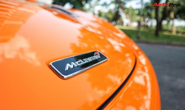 Đàm Thu Trang - vợ sắp cưới của doanh nhân Nguyễn Quốc Cường tự tin cầm lái siêu xe McLaren 720S - Ảnh 7.