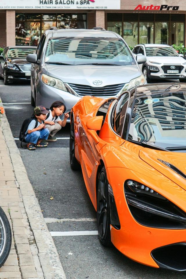 Đàm Thu Trang - vợ sắp cưới của doanh nhân Nguyễn Quốc Cường tự tin cầm lái siêu xe McLaren 720S - Ảnh 6.