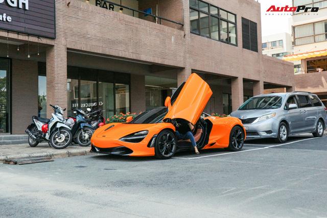 Đàm Thu Trang - vợ sắp cưới của doanh nhân Nguyễn Quốc Cường tự tin cầm lái siêu xe McLaren 720S - Ảnh 2.