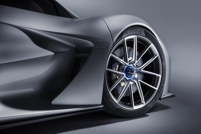 Ra mắt xe sản xuất hàng loạt mạnh nhất thế giới - Ảnh 6.