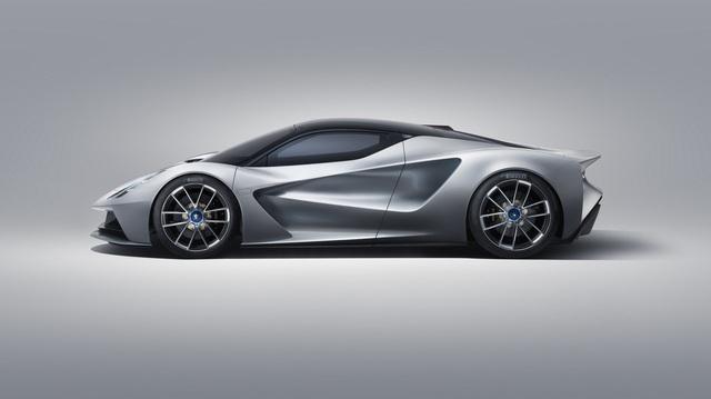 Ra mắt xe sản xuất hàng loạt mạnh nhất thế giới