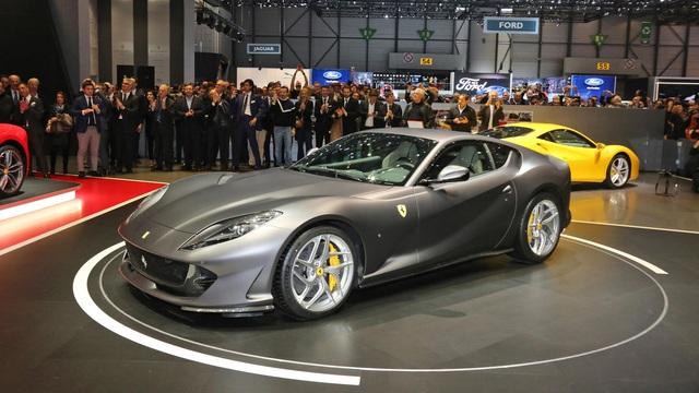 Ferrari 812 Superfast, F8 Tributo sắp có bản mui trần - Ảnh 3.