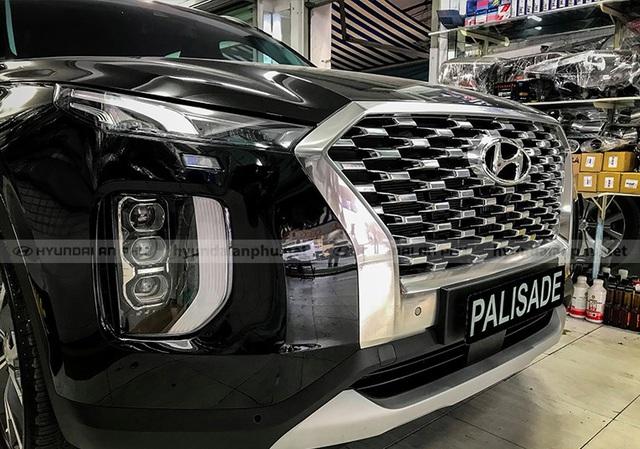Bóc tách trang bị Hyundai Palisade vừa về đại lý: SUV 8 chỗ, nhiều chi tiết mới lạ so với Santa Fe - Ảnh 12.
