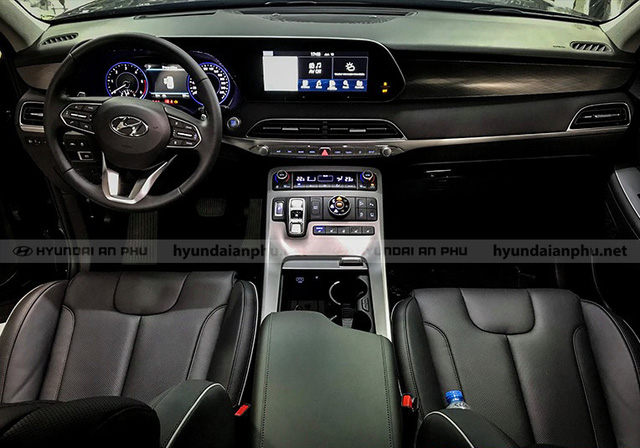 Bóc tách trang bị Hyundai Palisade vừa về đại lý: SUV 8 chỗ, nhiều chi tiết mới lạ so với Santa Fe - Ảnh 7.