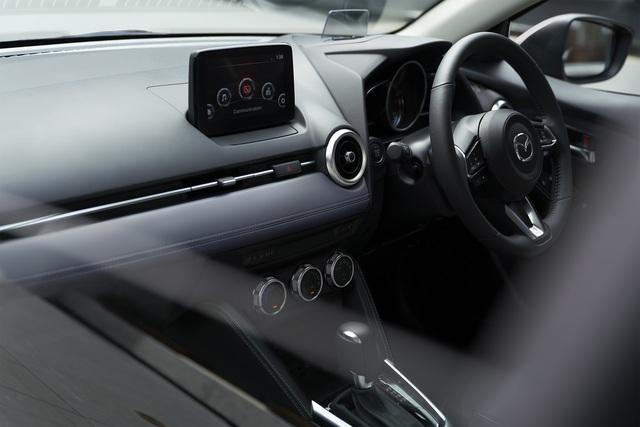Ra mắt Mazda2 phiên bản mới: Thay thiết kế, thêm công nghệ để đấu Toyota Yaris - Ảnh 7.