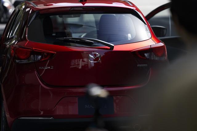 Ra mắt Mazda2 phiên bản mới: Thay thiết kế, thêm công nghệ để đấu Toyota Yaris - Ảnh 5.
