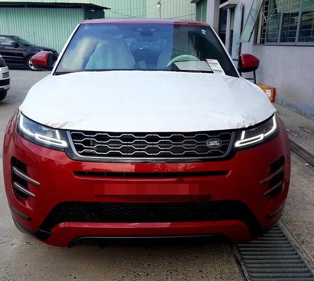 Range Rover Evoque 2019 chính hãng đầu tiên cập bến Việt Nam, giá cao nhất khoảng 4 tỷ đồng - Ảnh 1.