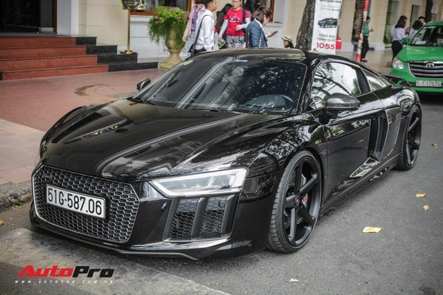 Đổi chủ từ ông chủ cafe Trung Nguyên tới Cường Đô-la và giờ là đại gia Bến Tre, chiếc Audi R8 V10 Plus này còn thay đổi màu nhiều nhất tại Việt Nam - Ảnh 8.