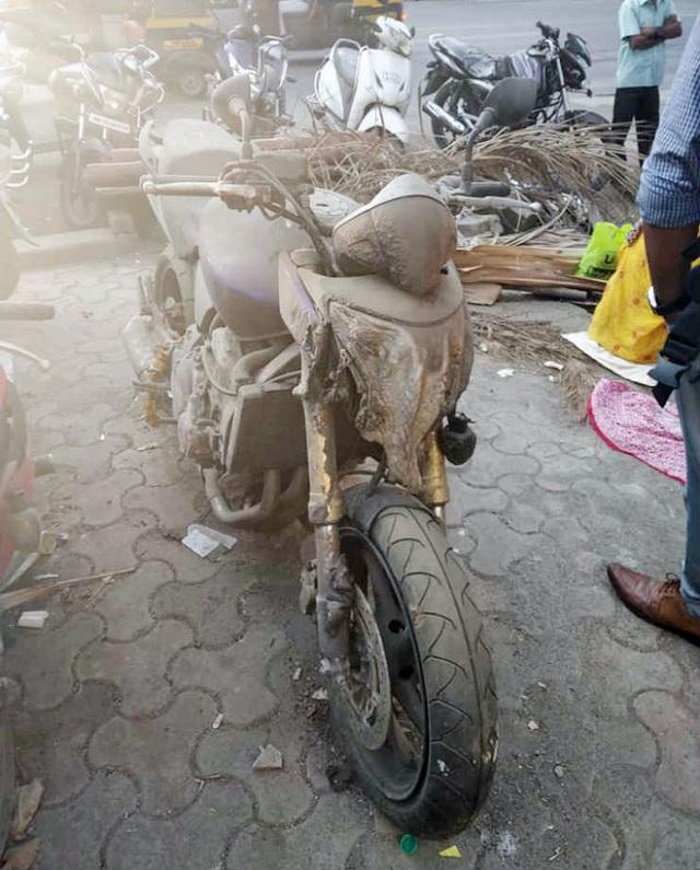 Xót xa siêu mô tô bị vứt xó hoang phế ở đồn cảnh sát - Ảnh 5.