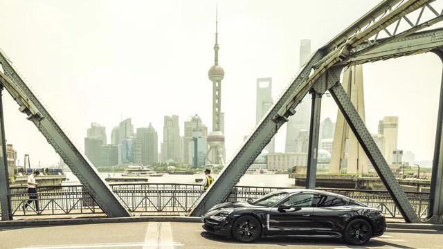 Đây chính là Porsche Taycan sắp về Việt Nam? - Ảnh 6.