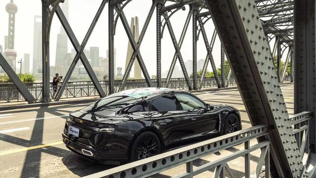 Đây chính là Porsche Taycan sắp về Việt Nam? - Ảnh 7.