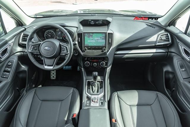 Đánh giá nhanh Subaru Forester 2019: Le lói cơ hội trước Honda CR-V và Mazda CX-5 - Ảnh 9.