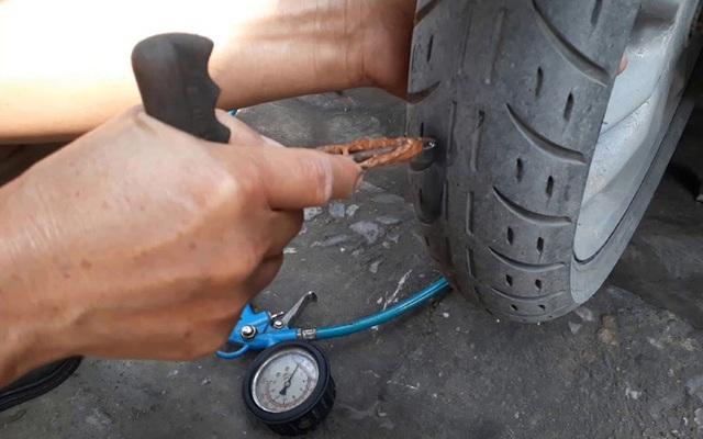 Lốp xe bị chửa ngày nắng nóng, chủ xe cần xử lý thế nào? - Ảnh 1.