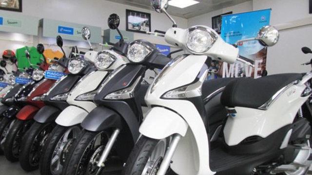 Hết thời tăng giá chém khách, xe máy ế ẩm chưa từng có
