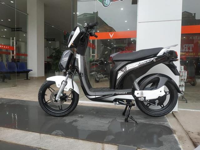 Cặp đôi xe điện mới của VinFast bất ngờ xuất hiện ở đại lý, giá khoảng 20 triệu đồng - Ảnh 7.