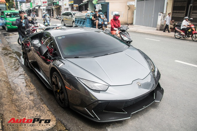 Đỉnh cao độ xe là về zin: Lamborghini Huracan đổi màu nhiều nhất Việt Nam của đại gia Bạc Liêu trở về màu nguyên bản - Ảnh 1.