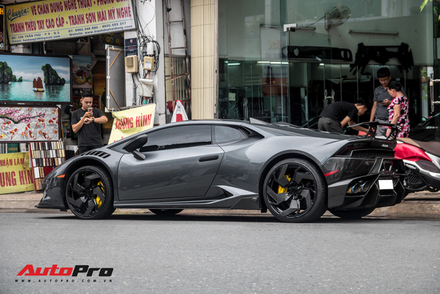 Đỉnh cao độ xe là về zin: Lamborghini Huracan đổi màu nhiều nhất Việt Nam của đại gia Bạc Liêu trở về màu nguyên bản - Ảnh 13.
