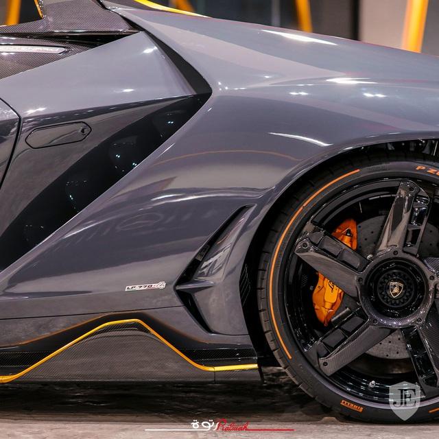 Lamborghini siêu hiếm lên chợ xe cũ với giá gấp đôi ban đầu - Ảnh 3.