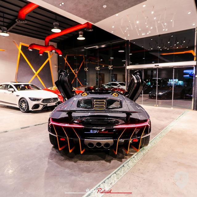 Lamborghini siêu hiếm lên chợ xe cũ với giá gấp đôi ban đầu - Ảnh 4.