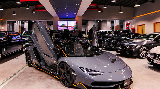 Lamborghini siêu hiếm lên chợ xe cũ với giá gấp đôi ban đầu