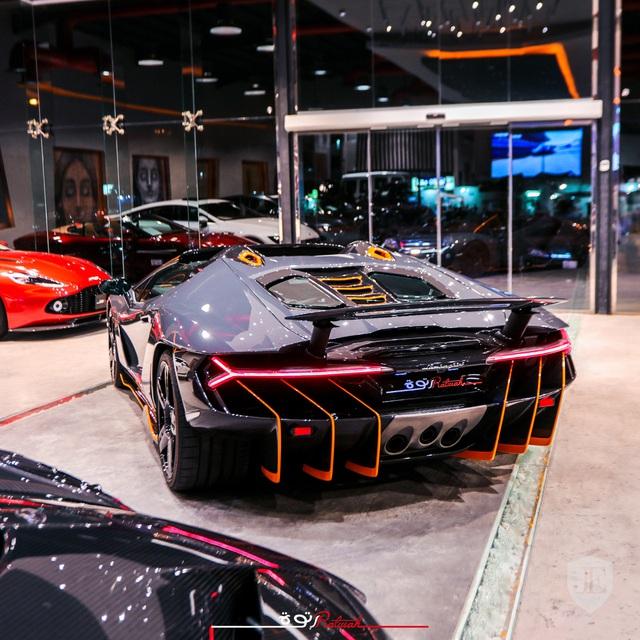 Lamborghini siêu hiếm lên chợ xe cũ với giá gấp đôi ban đầu - Ảnh 8.