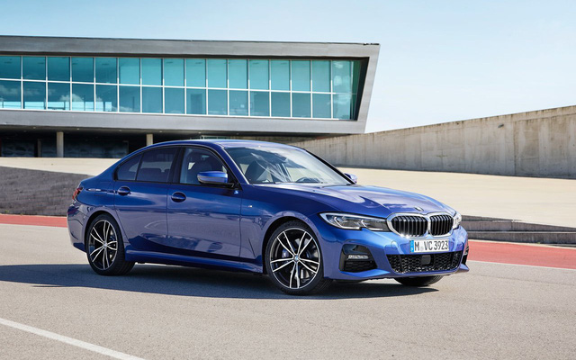 BMW 330i M Sport 2019 có giá tạm tính gần 2,4 tỷ đồng, đắt hơn cả Mercedes-Benz E 200 Sport - Ảnh 1.