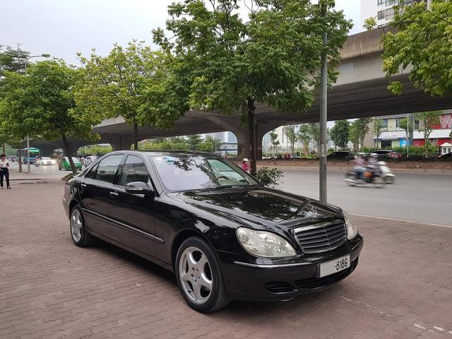 Bán Mercedes-Benz S500 cũ giá 399 triệu, chủ xe tuyên bố: Máy còn rất chất - Ảnh 1.