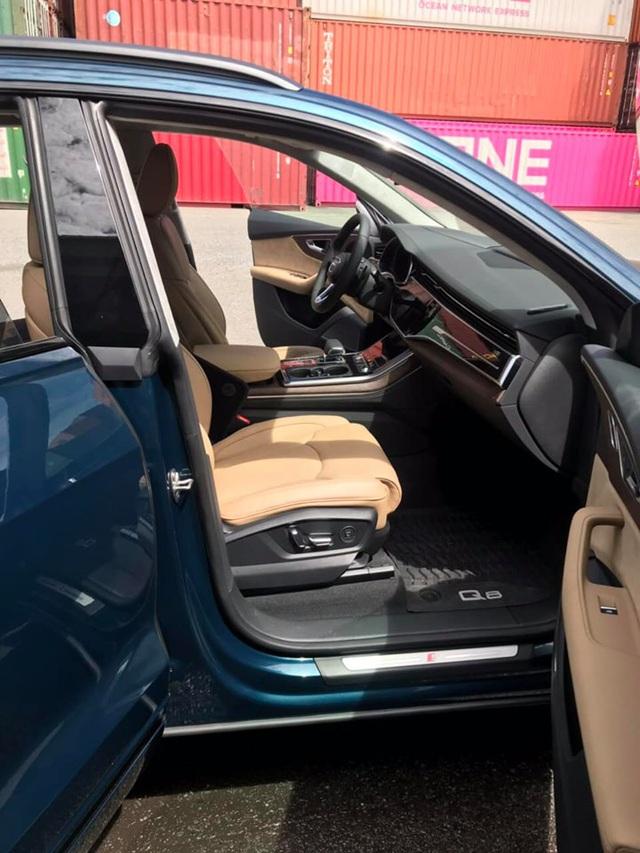 Thêm Audi Q8 màu độc về Việt Nam nhưng người mua xe chính hãng vẫn phải chờ mòn mỏi - Ảnh 3.