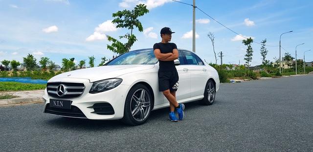 YouTuber 9x Nguyễn Thành Nam sắm 'hàng hiếm' Mercedes-Benz E 350 AMG giá gần 3 tỷ đồng - Ảnh 3.