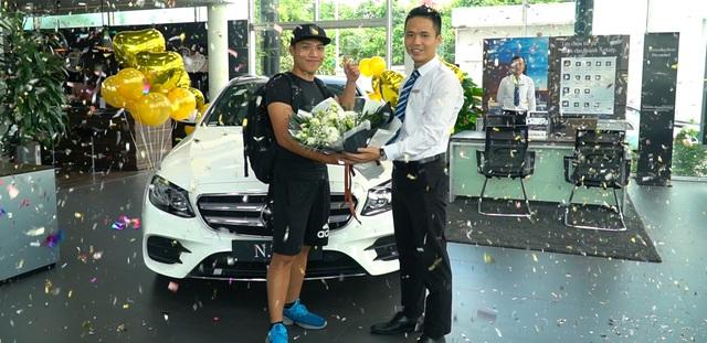 YouTuber 9x Nguyễn Thành Nam sắm 'hàng hiếm' Mercedes-Benz E 350 AMG giá gần 3 tỷ đồng - Ảnh 1.