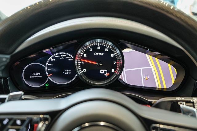 Porsche Cayenne Turbo thế hệ mới đầu tiên Việt Nam giá 9 tỷ đồng sở hữu những option trăm triệu - Ảnh 9.