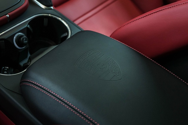 Porsche Cayenne Turbo thế hệ mới đầu tiên Việt Nam giá 9 tỷ đồng sở hữu những option trăm triệu - Ảnh 12.