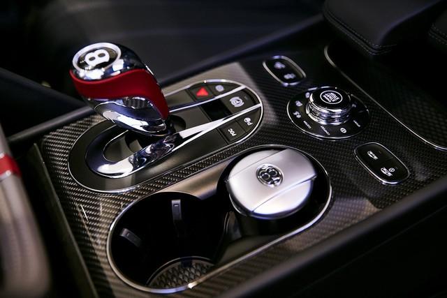 Bentley Bentayga tung ra cùng lúc 2 phiên bản đặc biệt nhưng nội thất mới là điểm đáng chú ý - Ảnh 6.