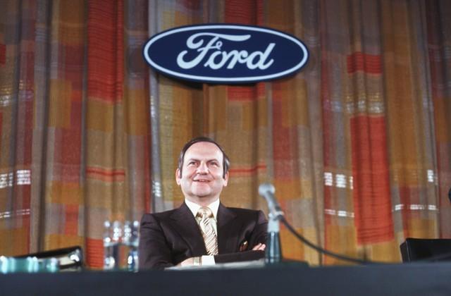 Cha đẻ Ford Mustang và cứu tinh của Chrysler Lee Iacocca qua đời - Ảnh 1.