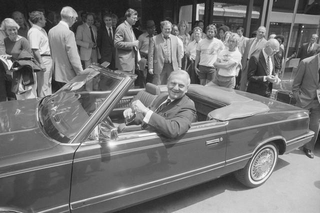 Cha đẻ Ford Mustang và cứu tinh của Chrysler Lee Iacocca qua đời - Ảnh 4.