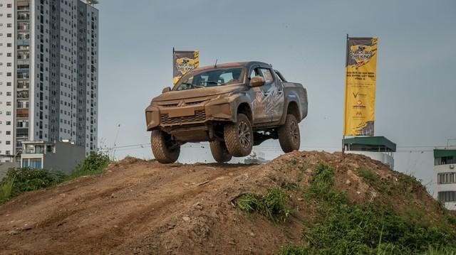 Phá xe như Racing Aka - đội đua offroad chuyên nghiệp đầu tiên của Việt Nam