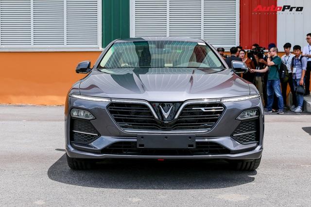 VinFast Lux A2.0 - Xe Việt dùng nền tảng BMW với tầm giá Toyota Camry - Ảnh 1.