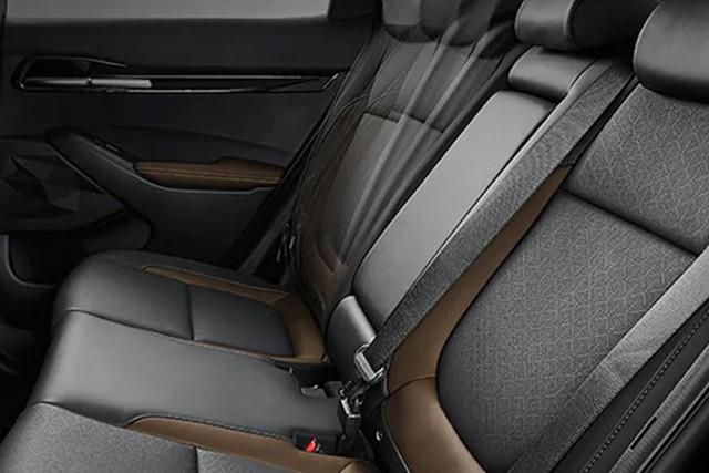 Đã có ảnh nội thất Kia Seltos: Cạnh tranh Honda HR-V bằng công nghệ - Ảnh 7.