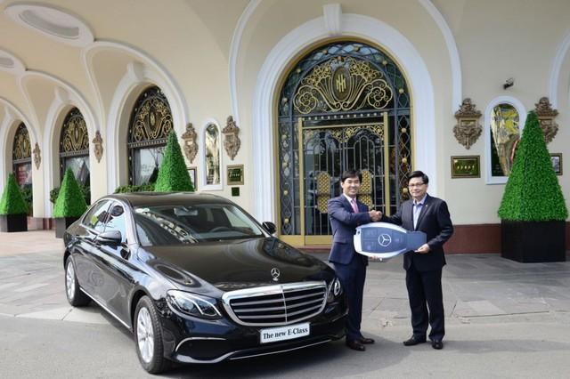 Mercedes-Benz E-Class 2019 rộng cửa giữ ngôi vua tại Việt Nam - Ảnh 3.