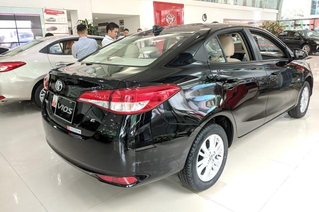 Ô tô giảm giá trường kỳ tại Việt Nam: Xe Nhật, Mỹ giảm sốc hơn xe Hàn - Ảnh 1.