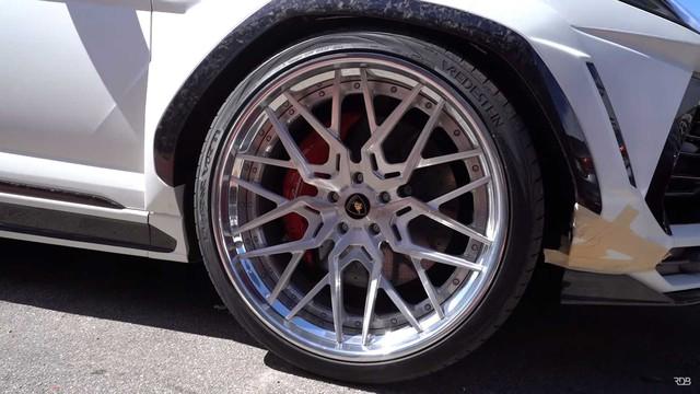 Siêu SUV Lamborghini Urus gây ấn tượng mạnh nhờ bộ bodykit thân rộng hầm hố - Ảnh 6.