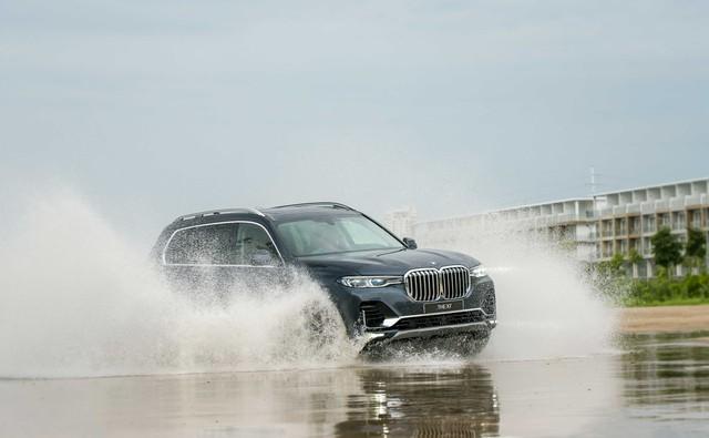 BMW X7 chính hãng chốt giá 7,5 tỷ đồng - Ảnh 5.