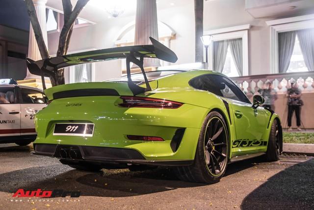 Porsche 911 GT3 RS Lizard Green độc nhất Việt Nam lần đầu ra phố Sài Gòn, thêm nhiều chi tiết độ TechArt Carbon khủng - Ảnh 2.