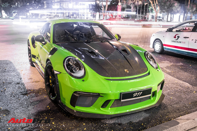 Porsche 911 GT3 RS Lizard Green độc nhất Việt Nam lần đầu ra phố Sài Gòn, thêm nhiều chi tiết độ TechArt Carbon khủng - Ảnh 8.