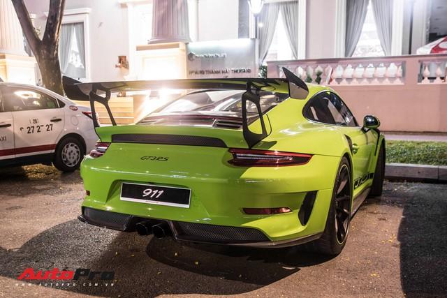 Porsche 911 GT3 RS Lizard Green độc nhất Việt Nam lần đầu ra phố Sài Gòn, thêm nhiều chi tiết độ TechArt Carbon khủng - Ảnh 15.