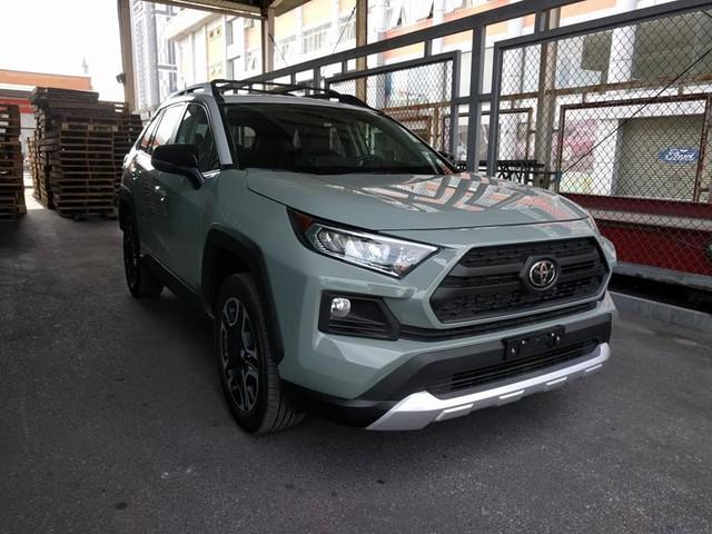 Toyota RAV4 2019 về Việt Nam, giá không dưới 2,3 tỷ đồng, gấp đôi Honda CR-V - Ảnh 1.