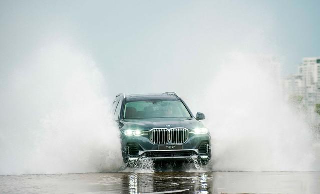 Chi tiết BMW X7 chính hãng: Lấy trang bị và giá bán đè bẹp Lexus LX570 - Ảnh 15.