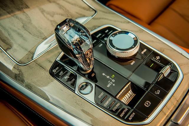 Chi tiết BMW X7 chính hãng: Lấy trang bị và giá bán đè bẹp Lexus LX570 - Ảnh 14.