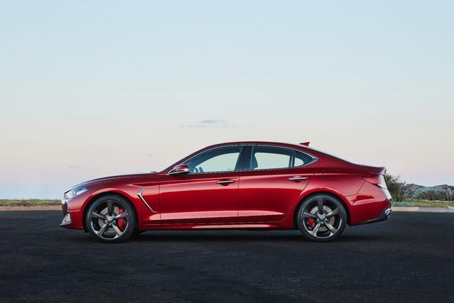 Genesis sắp có SUV cỡ nhỏ cạnh tranh Mercedes-Benz GLC - Ảnh 1.