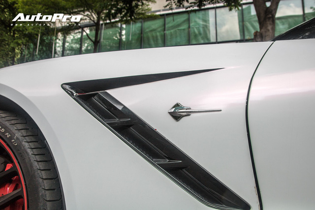 Chevrolet Corvette C7 Stingray đổi màu độc đáo - Cách đại gia Hà Nội tạo sự chú ý tại Sài Gòn - Ảnh 6.